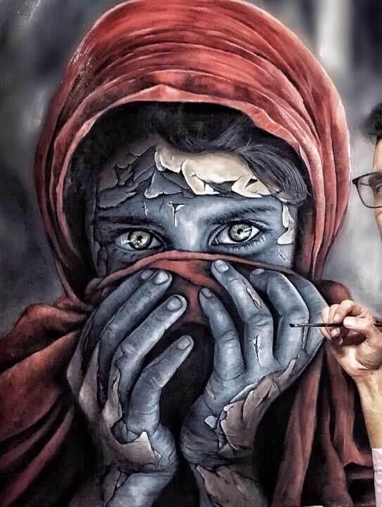 הילדה האפגנית על בד