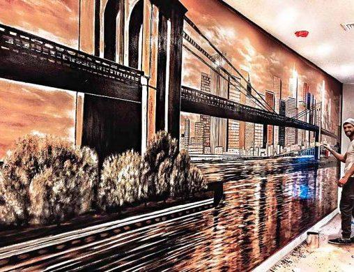 בבניין משרדים של גשר ברוקלין