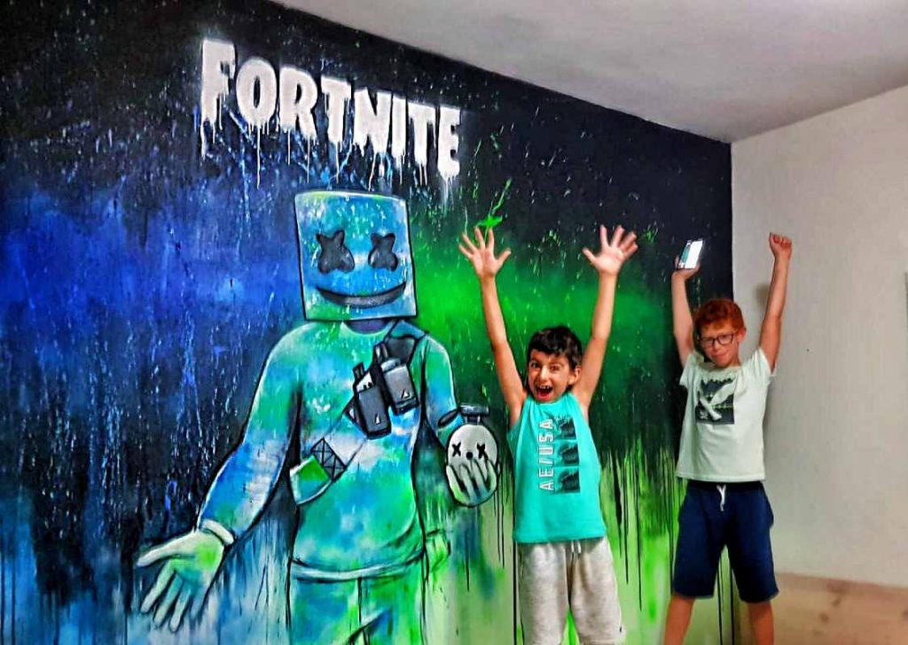 ציור קיר fortnite